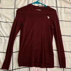 ABERCROMBIE AND FITCH MAROON SWEATER